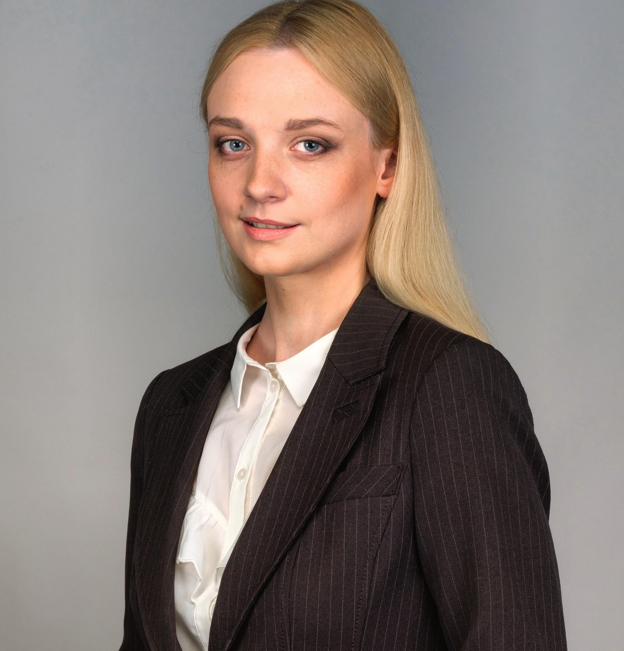 Elina Lucina